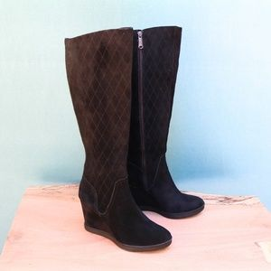 Donald J Pliner Cadi Black Suede Wedge Boots Sz 9
